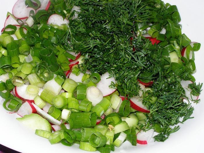 Салат из яиц укропа